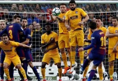 El detalle en la barrera que le permitió a Lionel Messi marcar el gol de tiro libre ante el Atlético Madrid.