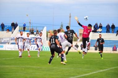 El cabezazo de Puig que supera la estirada de Perafán para establecer el 1-1 definitivo.