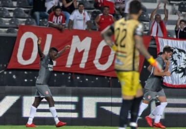 Estudiantes de La Plata se recuperó y venció a Olimpo como local.