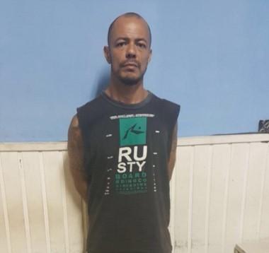 Asesino de Villa Tesei: En 2001, apuñaló, violó y robó. El calvario de otra familia. Montiel tenía un perimetral que le impedía acercarse a la familia.