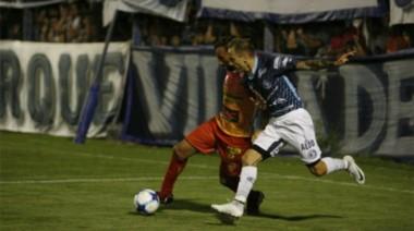 En un partido de vital importancia en la lucha por no descender, Boca Unidos igualó 1-1 ante Independiente Rivadavia.