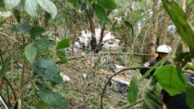 Murieron todos los ocupantes del avión que se estrelló en Tucumán.