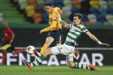 Atlético Madrid se metió en semifinales de la Europa League con un 2-1 global ante Sporting Lisboa.
