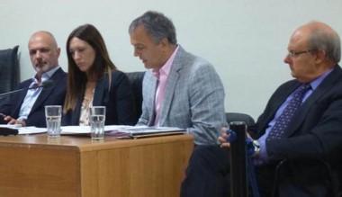 Buzzi y Di Pierro afrontan también una causa penal.