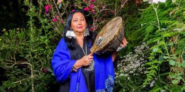 Beatriz Pichi Malen, de origen mapuche y cantante en idioma nativo, se presentará en Trelew.