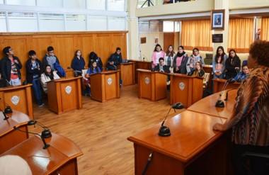 Los estudiantes concurrieron al Concejo Deliberante en el marco de un proyecto pedagógico.