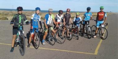 Comenzó la concentración del equipo chubutense de ciclismo que representará a la provincia en los EPADE.