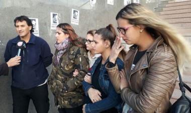 La familia de Nicolás Rodríguez, asesinado a la salida de un boliche.