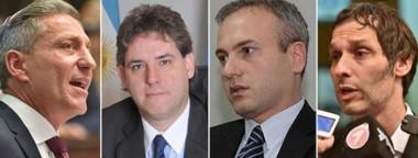 Protagonistas. Desde la izquierda, el gobernador Arcioni, el defensor Héctor Simionati, el juez Martín Alesi y Miguel Arnaudo, titular del ISSyS.