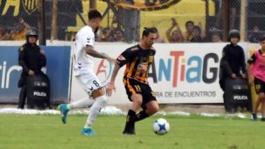Mitre rescató un punto importante sobre el final ante Quilmes.