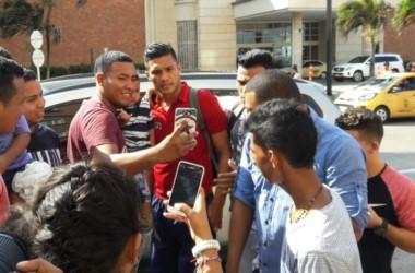 Teo Gutiérrez calentó el duelo frente a Boca.
