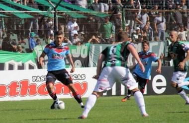 Brown de Adrogué venció 2-0 a Nueva Chicago con doblete de Gómez y depositó a su rival en zona de descenso a la B Metro.