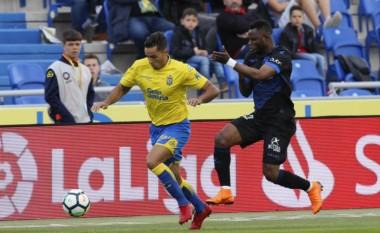 La Unión Deportiva Las Palmas ha descendido de la Primera División de España. La historia se consumó tras la goleada sufrida ante Deportivo Alavés.