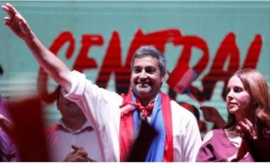 El empresario Mario Abdo Benítez lidera las elecciones con un 46,87% de los votos, frente a 42,53% del