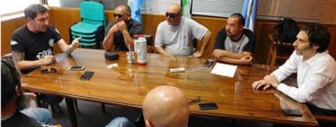 Entre mates. Hompanera explicó las inquietudes de su sector gremial y Arnaudo precisó los datos del estado económico y financiero del ISSyS.