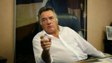 El interventor en el Partido Justicialista Luis Barrionuevo aseguró que el partido fue utilizado ideológica y económicamente por el kirchnerismo que lo dejó