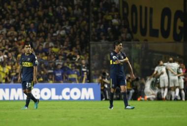 Un Boca flojo y sin ideas perdió 2-0 ante el Palmeiras como local y se complica sólo su clasificación a octavos.