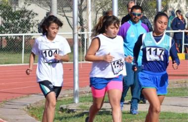 En atletismo, Chubut se quedó con el cuarto lugar tanto en la rama masculina como en la femenina.