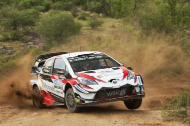 El estonio de Toyota imbatible en las sierras cordobesas.