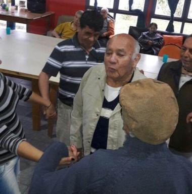 Activos. Los adultos mayores ya tienen talleres inclusivos en Rawson.