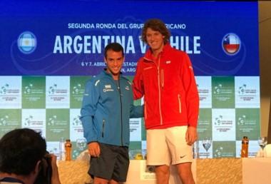 Será el debut de Kicker en Copa Davis. Se juega en arcilla y bajo techo, con modalidad de 2 jornadas y al mejor de tres sets.