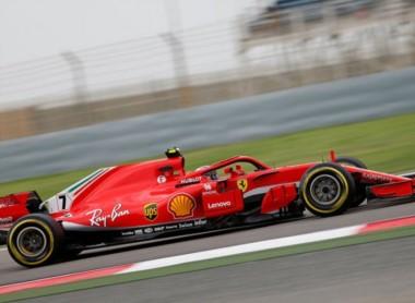 Raikkonen fue el mejor en el segundo entrenamiento, seguido de Vettel y Bottas.