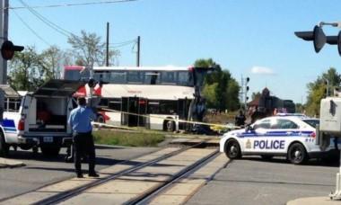 Al menos 14 miembros de un equipo junior de hockey muertos en un accidente de autobús en Canadá.