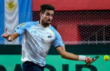 Guido Pella derrotó a Christian Garin y Argentina eliminó a Chile.