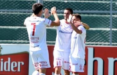 Huracán se impuso en su visita a San Martín de San Juan y se metió en zona de Libertadores.
