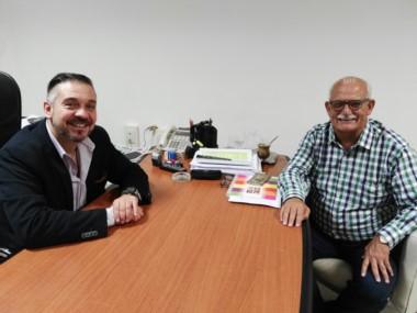 Barbato recibió al Intendente de Sarmiento, Ricardo Britapaja