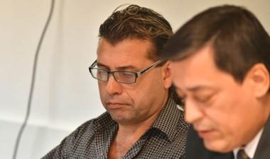 Gabriel López y su defensor Gustavo Cruz, acusado por inconducta.