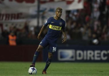El colombiano Wilmar Barrios quiere seguir en Boca.