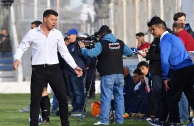 Battaglia dirigió a Almagro en Puerto Madryn en el empate sin goles con Brown.