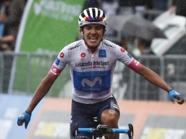 Richard Carapaz se convierte en el primer ciclista ecuatoriano en ganar una etapa en el Giro de Italia.