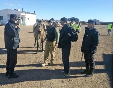 Las autoridades de la gobernación se trasladaron hasta la zona donde ocurrieron los dramáticos hechos.