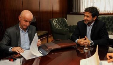 Ayer el ministro de Economía acordó el préstamo con Nación.