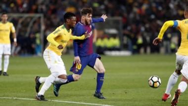 Messi jugó los últimos 15' y no pudo, otra vez, convertir goles en Sudáfrica.