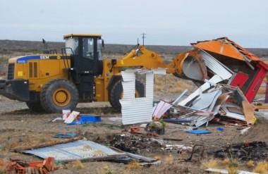 Demolición. Una de las precarias viviendas que fue eliminada de los lotes privados tras años de proceso.