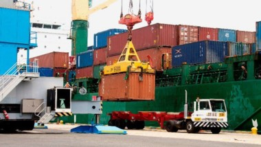 Volvieron a crecer en abril más las exportaciones que las importaciones a Brasil.