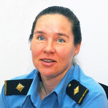 La comisario Laura Mirantes, jefa de la Comisaría de la Mujer en Trelew.