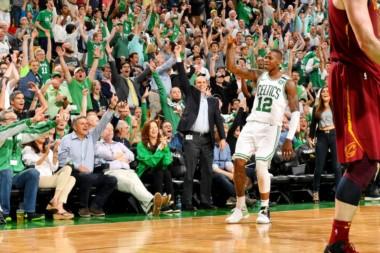 """Ls Celtics se ponen arriba en la serie 3-2 al llevarse el triunfo por marcador de 96-83 contra los """"Cavs""""."""