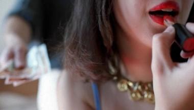 El kiosquero podía abusar sexualmente de las chicas, a quien enviaba de regreso a la casa con bebidas alcohólicas y otros productos comestibles.