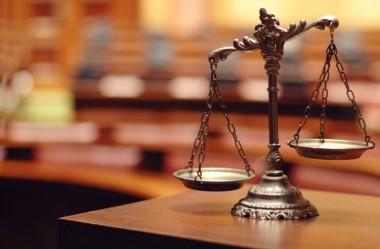 La Cámara en lo Contencioso Administrativo Federal revocó un fallo que reconocía el derecho de un grupo de ex magistrados a que se reajustaran sus haberes.