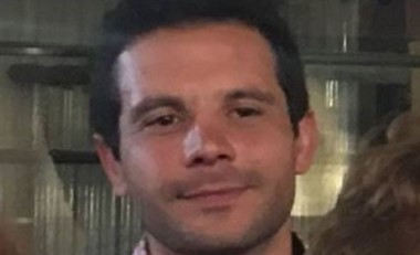 El agresor identificado como Alberto Sebastián Petean Pocovi (33), apuñaló a su pareja y mató a dos policías. (El Ciudadano)