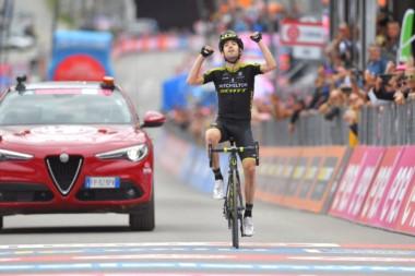Sepúlveda culminará mañana su primer Giro de Italia, dentro de los primeros 100.