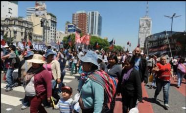 """Los manifestantes reclamarán la sanción de leyes de """"emergencia alimentaria, integración urbana, infraestructura social, adicciones y agricultura familiar""""."""