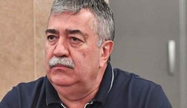 González también forma parte del Consejo Directivo de la CGT nacional.