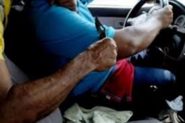 El remisero fue atacado con un arma blanca (imagen ilustrativa)