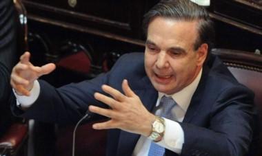 El senador rionegrino le pasó la factura a la política por la encerrona en esta negociación.