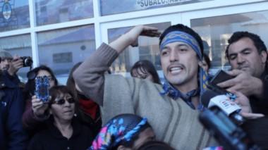 A través de una declaración pública desde la cárcel de Esquel, el lonko Facundo Jones Huala anunció este miércoles 30 de mayo el inicio de una huelga de hambre.